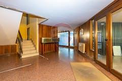 Two-bedroom Apartment of 140m² in Via Monte Ortigara 41