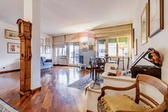 Three-bedroom Apartment of 150m² in Via degli Armenti