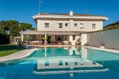 Villa di 324m² in Viale Alessandro Magno