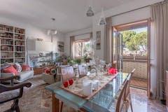 Three-bedroom Apartment of 140m² in Via Angiolo Cabrini 56