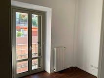 Two-bedroom Apartment of 70m² in Viale Monza 81