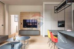 Two-bedroom Apartment of 90m² in Via Alessandro Algardi
