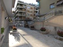 One-bedroom Apartment of 90m² in Via Attilio Friggeri 131