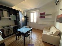 Two-bedroom Apartment of 60m² in Via Atto Vannucci