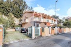 One-bedroom House of 75m² in Via Del Labaro 16