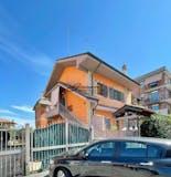 Two-bedroom Apartment of 75m² in Via Aci Castello