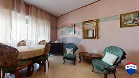 Two-bedroom Apartment of 89m² in Via Giuseppe De Leva