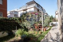 Two-bedroom Apartment of 99m² in Via Pietro Adami