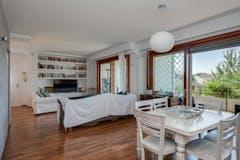 Three-bedroom Apartment of 150m² in Via Vallombrosa 50