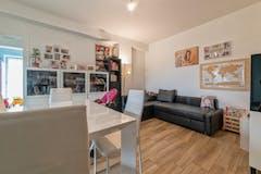 Two-bedroom Apartment of 80m² in Via Andrea Arditi