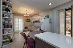 Two-bedroom Apartment of 88m² in Viale Tirreno 114