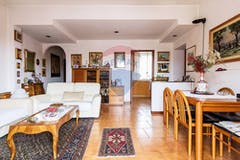 Two-bedroom Apartment of 108m² in Via Paolo Lomazzo 3