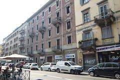 Three-bedroom Apartment of 105m² in Via San Donato 51