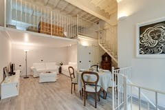 Two-bedroom Apartment of 69m² in Via Magenta