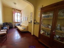 Two-bedroom Apartment of 65m² in Via Cimabue