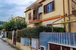 Studio of 60m² in Via Empoli