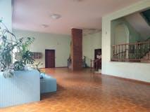 Three-bedroom Apartment of 105m² in Via Giuseppe Rondinini 7