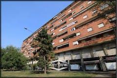Multi-bedroom Apartment of 130m² in Corso Croce  27