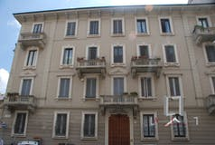 Plurilocale di 146m² in Via Giuseppe Compagnoni