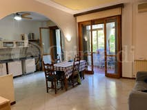 Two-bedroom Apartment of 107m² in Via Neri di Bicci