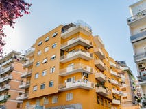 Two-bedroom Apartment of 93m² in Via Baldo Degli Ubaldi