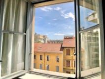 Two-bedroom Apartment of 90m² in Via Antonio Bazzini