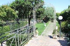 Multi-bedroom Villa of 400m² in Via Italia Almirante Manzini