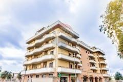 Bilocale di 65m² in Via Barzano' 9