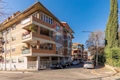 Quadrilocale di 125m² in Piazza Luigi Porro Lambertenghi