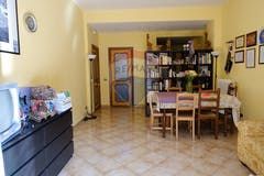 Three-bedroom Apartment of 125m² in Via Delle Cave 27
