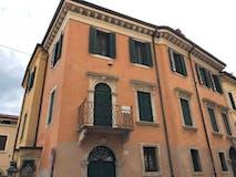 Plurilocale di 160m² in Via Teatro Ristori