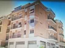 Two-bedroom Apartment of 85m² in via Felice Poggi 16