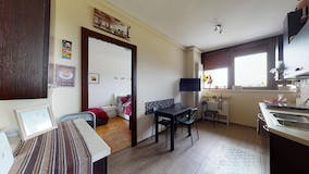Two-bedroom Apartment of 40m² in Via Degas