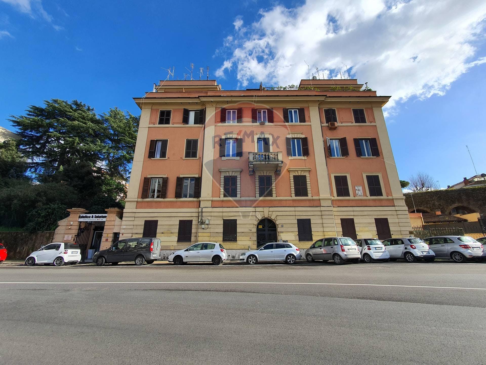 Bilocale di 79m² in Via Aurelia