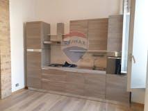Two-bedroom Apartment of 71m² in Via Varesina 98