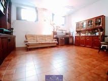 Three-bedroom Apartment of 82m² in Via Guido Banti