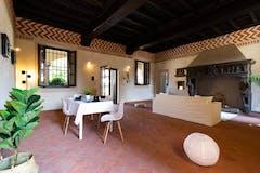 Three-bedroom Apartment of 172m² in Via Giorgio Merula 13/15
