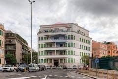 Multi-bedroom Apartment of 260m² in Piazza Digione 1