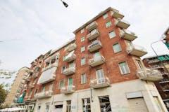 Two-bedroom Apartment of 75m² in Via Gottardo 65