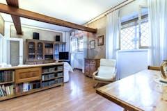 Four-bedroom Apartment of 164m² in Via Cesare Fani