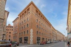 Four-bedroom Apartment of 230m² in Corso Del Rinascimento 11