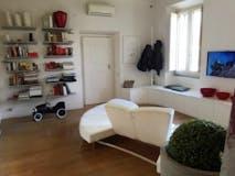 Two-bedroom Apartment of 80m² in Viale Regina Margherita