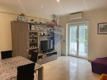Three-bedroom Apartment of 90m² in Via Ludovico di Savoia