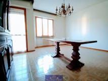 Three-bedroom Apartment of 114m² in Via Cassioli
