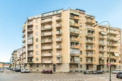Two-bedroom Apartment of 75m² in Via Giovanni Paisiello 16