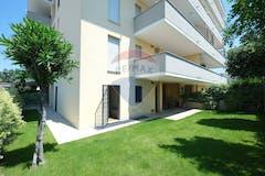 Three-bedroom Apartment of 150m² in Via del Podere Fiume