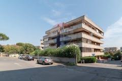 Quadrilocale di 111m² in Via Piero Gherardi