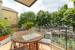 One-bedroom Apartment of 72m² in Via dell'Alloro 49