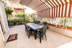 Two-bedroom Apartment of 81m² in Via Angelo Marabini 108