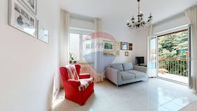Two-bedroom Apartment of 110m² in Via M. Albertinelli 2